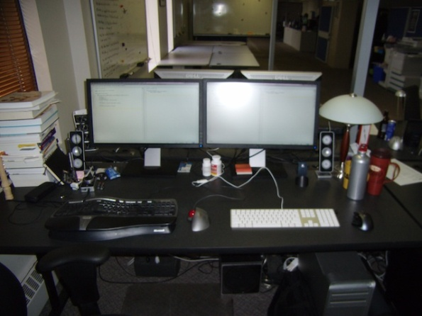 """My """"Pairing Station"""" - a pair friendly workstation"""